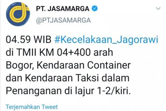 Truk Kontainer alami kecelakaan di Tol Jagorawi KM 04 arah Bogor