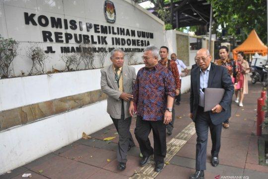 Tim hukum PDIP datangi KPU