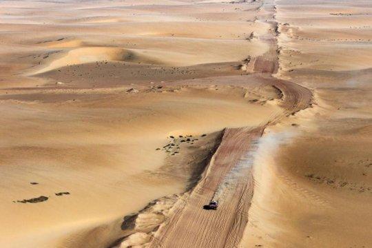 Cuaca buruk dan navigasi buruk hambat Etape 10 Dakar