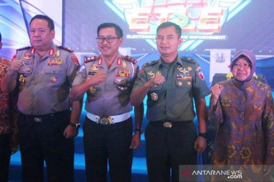 Kakorlantas resmikan penerapan e-Tilang di Surabaya