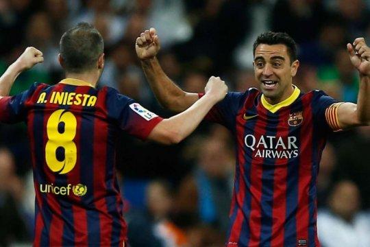 Iniesta ingin dampingi Xavi saat latih Barcelona nanti