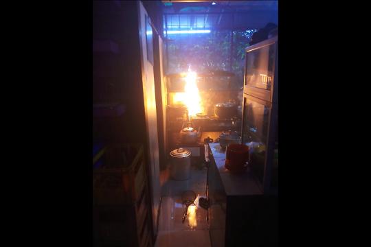 Kebocoran gas picu kebakaran rumah makan di Cipayung Jaktim