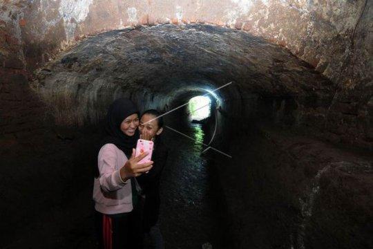 Terowongan peninggalan zaman Belanda Page 2 Small