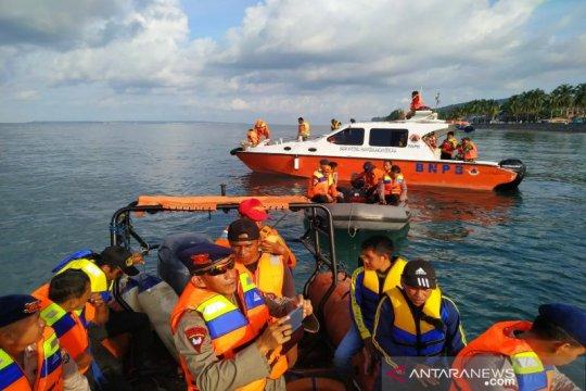 Tim SAR lakukan pencarian nelayan hilang di perairan Buton Selatan