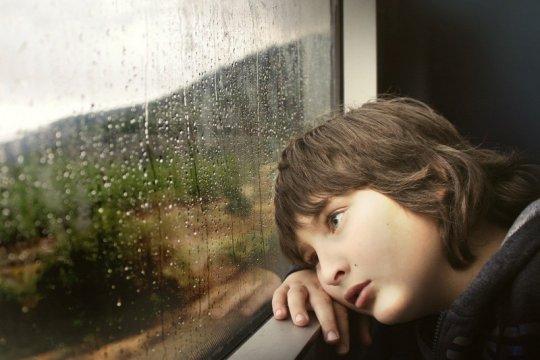 Mana yang lebih stres selama pandemi, anak atau orang tua?