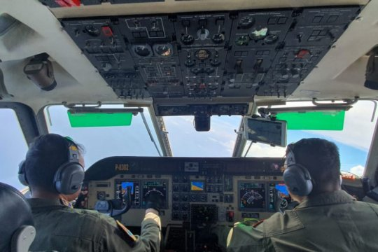 Koarmada III bantu pencarian KLM Panji Saputra dengan pesawat patroli