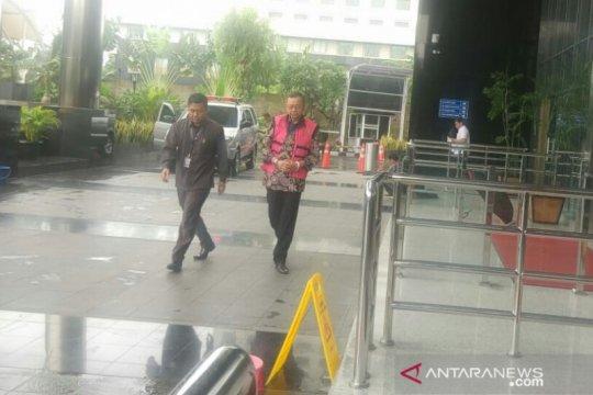 Kejagung periksa mantan Dirut Jiwasraya Hendrisman Rahim di gedung KPK