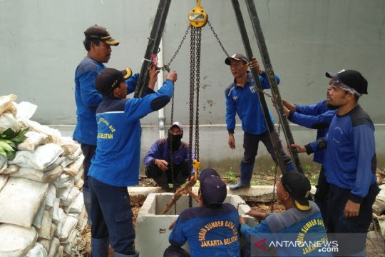 Sudin SDA Jaksel selesaikan pembuatan 157 sumur resapan
