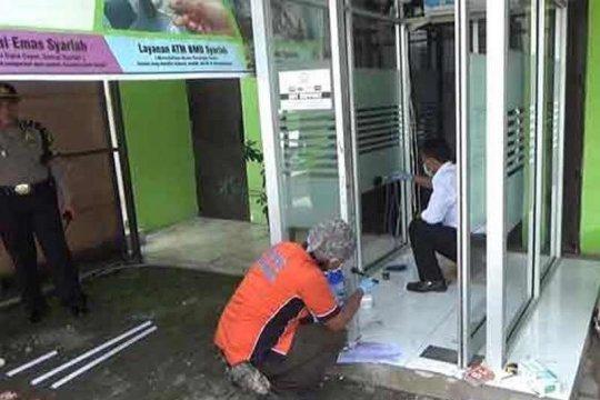 Laki-laki usia senja bobol mesin ATM di Padang