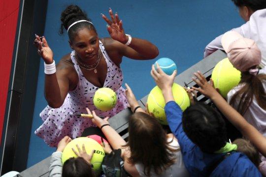 Serena, Gigi Hadid, bintang NFL akan tanding tenis virtual untuk amal