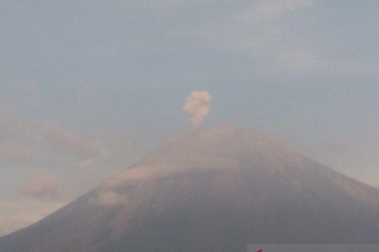 PVMBG: Aktivitas Gunung Semeru didominasi gempa letusan dan embusan