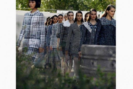 Terinspirasi panti asuhan, ini koleksi pertama Viard untuk Chanel