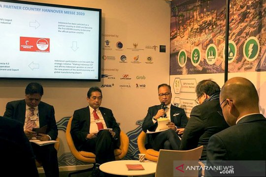 Menperin ungkap potensi RI kepada calon investor di WEF 2020