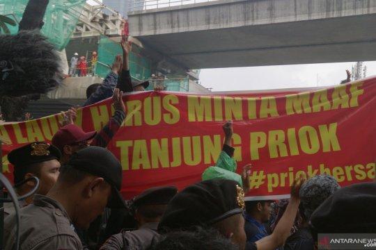 Massa aksi desak Menteri Yasonna minta maaf kepada warga Priok