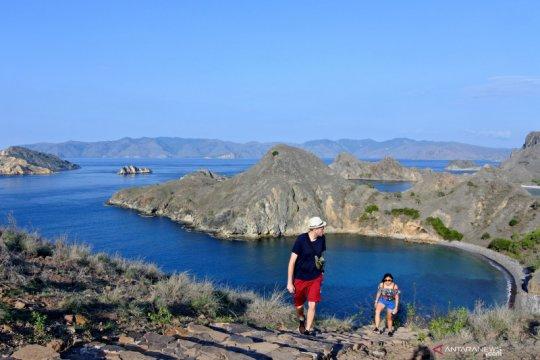 Jumlah kunjungan wisatawan ke TNK menurun drastis