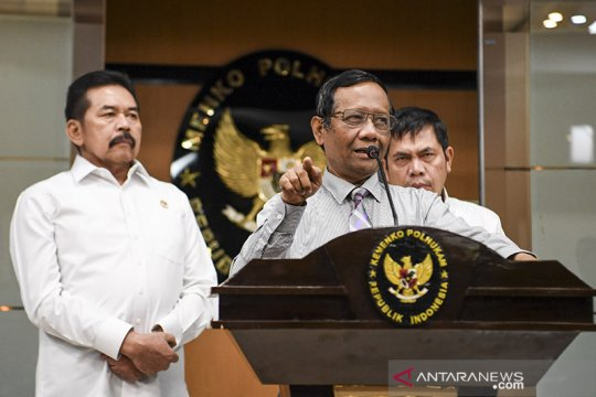 Hukum kemarin, Harun Masiku di Indonesia hingga Yasonna minta maaf
