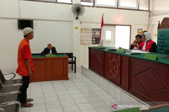 Penjual Kera Owa Ungka dan Binturong divonis 1 tahun 4 bulan penjara