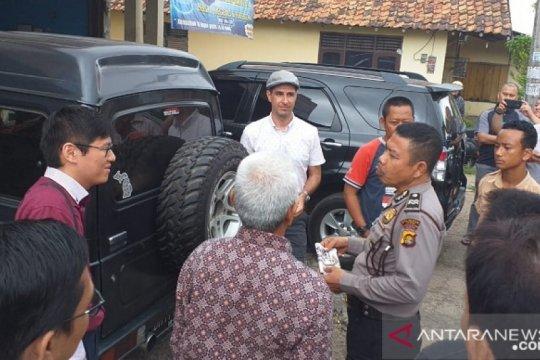 Polsek Telanaipura Jambi mengamankan WNA sebar agama baru