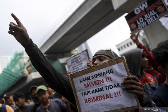 Aksi warga Tanjung Priok