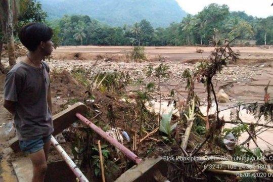 Cegah longsor TNGHS, DLHK Banten minta pengadaan akar wangi dipercepat