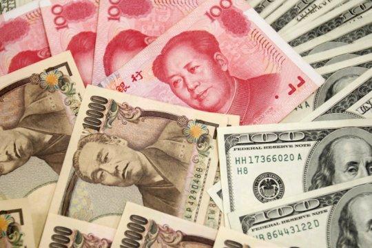 Yuan berbalik menguat 87 basis poin menjadi 6,4608 terhadap dolar AS