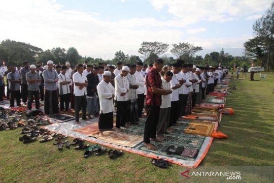 Masih dilanda kekeringan, shalat minta hujan digelar di Aceh Besa