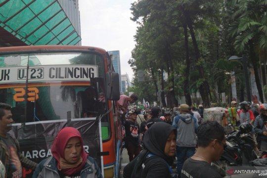 Round up - Ketika warga Priok tersinggung pernyataan Menkum HAM
