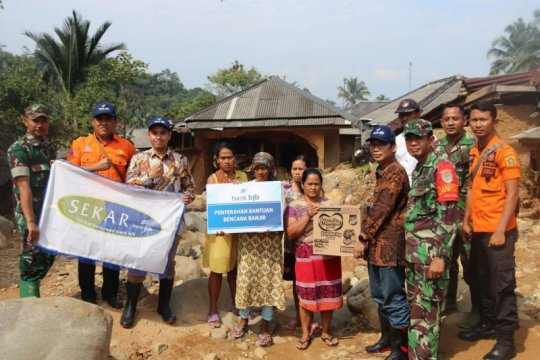Bank BJB salurkan Rp1,4 miliar untuk korban bencana Jabar-Banten