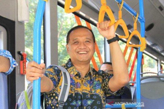 "Kemarin, Dirut TransJakarta mundur hingga ""running"" revitalisasi Monas"