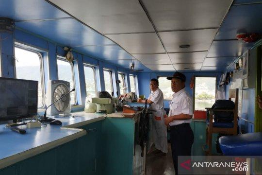 Cuaca buruk di Banggai, KMT Teluk Cenderawasih II alami keterlambatan