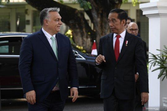 Presiden menerima kunjungan kehormatan PM Hongaria