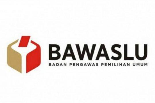Bawaslu Surabaya klarifikasi soal pelarangan APK Bacawali Eri Cahyadi