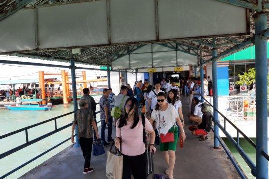 H-1 Imlek, penumpang pelabuhan SBP Tanjungpinang naik dua kali lipat