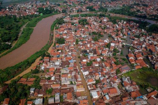 Sebanyak 3.744 rumah terendam akibat banjir di Kabupaten Bandung