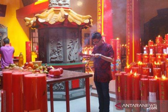 Ribuan warga Tionghoa kunjungi klenteng tertua di Pangkalpinang