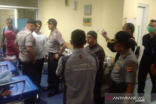 Tiga korban bentrok antarormas dirawat