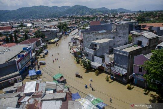 413 sekolah terendam banjir di Kabupaten Bandung