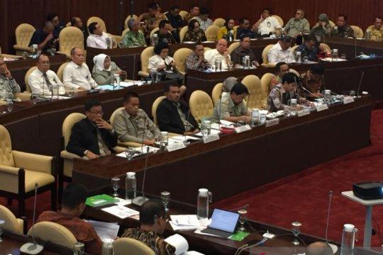 Rapat soal pupuk subsidi, Kementan dicecar soal RDKK hingga kartu tani