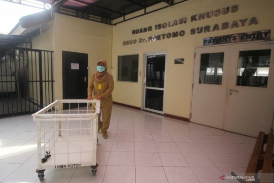 RSUD dr Soetomo isolasi pasien WNA