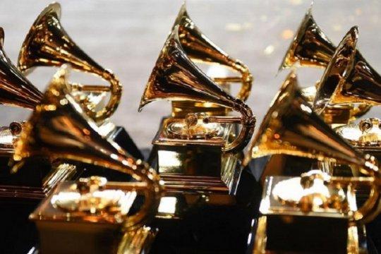 Grammy Awards ditunda jadi 14 Maret