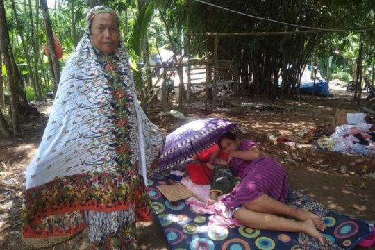 Pasangan Arsunah-Arsudin berharap hunian sementara dibangun
