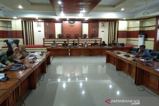 Dewan minta pemprov hentikan sementara TKA masuk di Sulawesi Tenggara