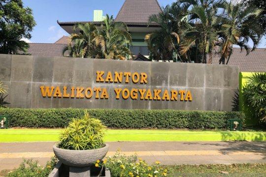 Penerapan kelembagaan keistimewaan di Yogyakarta pertengahan tahun