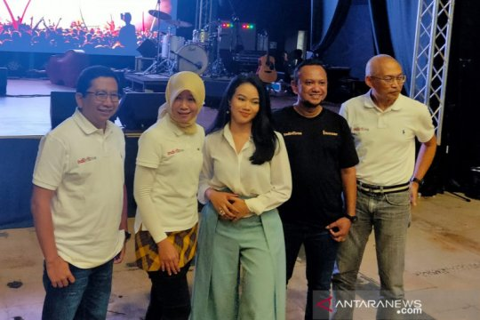 Yura Yunita lebih senang menyanyi di konser intim