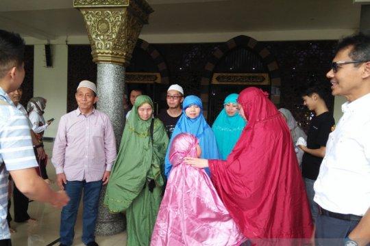 Wisatawan muslim Cina minta maaf buat Sumbar resah