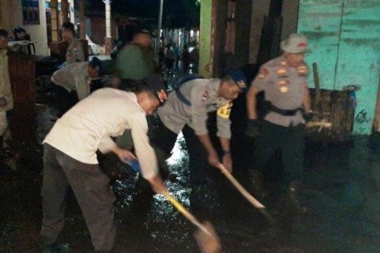 Polda Jatim kirim personel bantu evakuasi korban banjir Bondowoso
