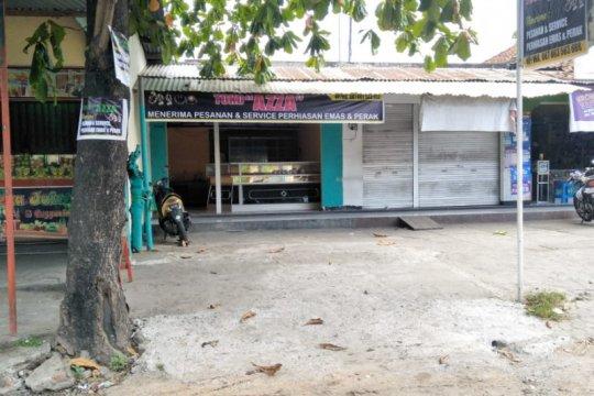 Pengrajin mutiara Mataram alih profesi dampak gempa bumi