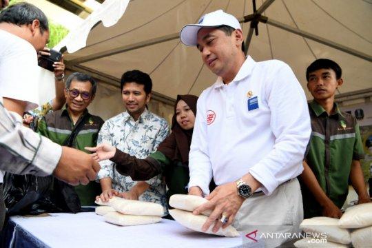 RMI kembali gelontor gula satu ton untuk tekan harga di Surabaya