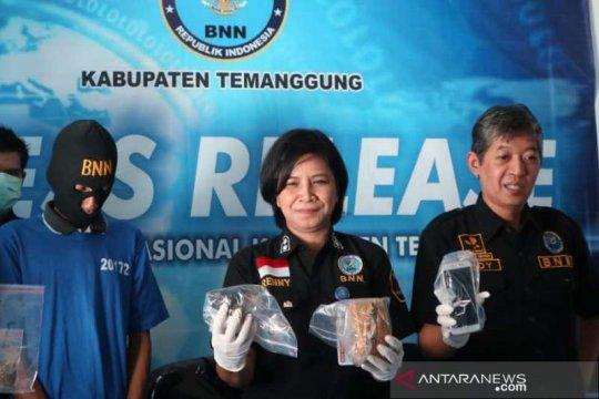 BNKK Temanggung tangkap pengedar ganja