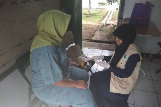 Tujuh pengungsi korban banjir Lebak dirujuk